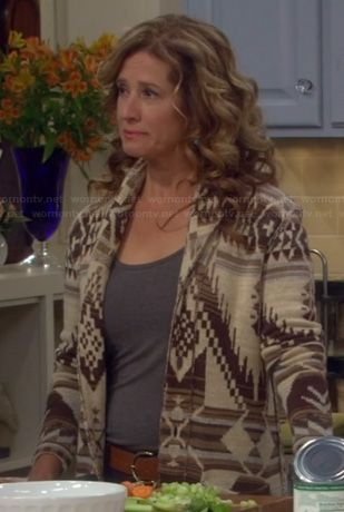 Vanessa's brown aztec pattern cardigan on Last Man Standing.  Outfit Details: http://wornontv.net/20014/ #LastManStanding #ABC