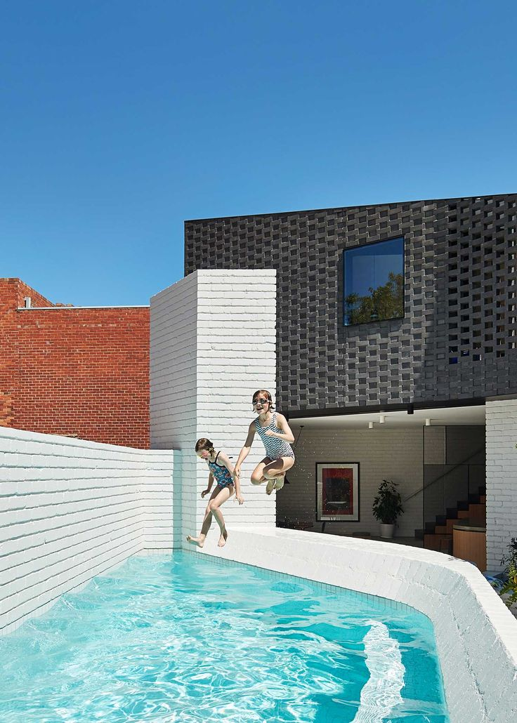 Perimeter House by MAKE Architecture   Yellowtrace
