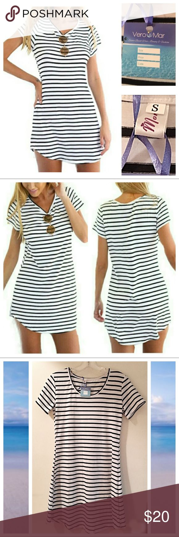 NWT Striped Beach Dress!!⛱ Brand new white and blue striped beach dress! Perfect as a bathing suit cover up or can be worn out after a day at the beach! 🌴☀️😎 Dresses Mini
