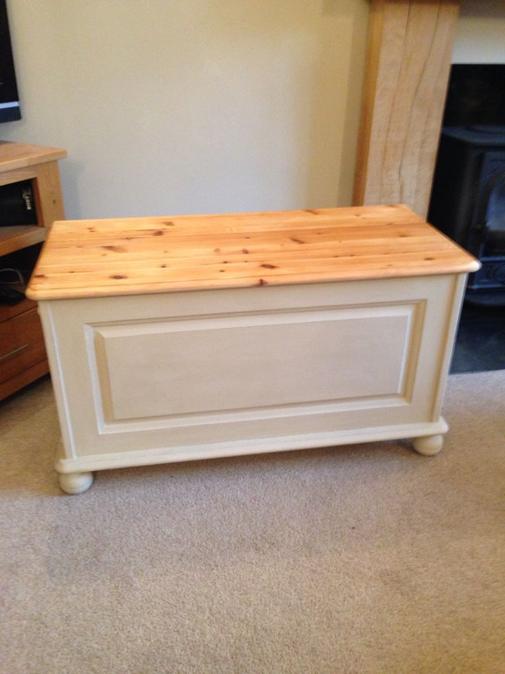 Blanket box painted in Annie Sloan Old Ochre
