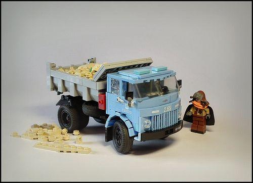 Soviet dump truck by Karwik