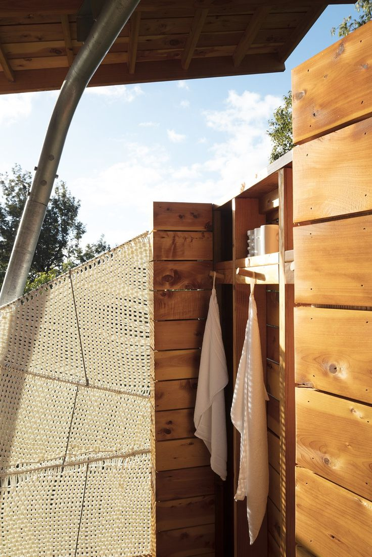 Two Tiny Pavilions Respectfully Perch Atop a Lava Flow on Maui - Photo 6 of 8 - The open-air shower features a screen Moore wove from marine rope.