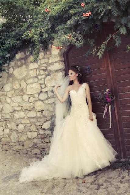 bride: Kızın Dügünü, Search, Wedding, Bride, Deli Kızın