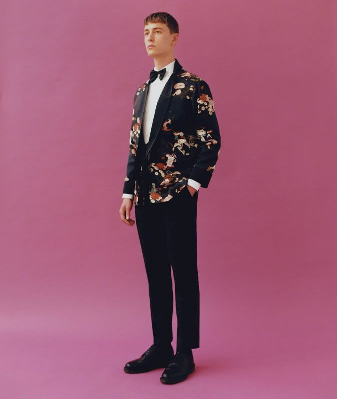 nice Topman And Charlie Casely-Hayford Just Created Every Summer Suit You Need Check more at http://frisuren-haarstyle.com/topman-and-charlie-casely-hayford-just-created-every-summer-suit-you-need/