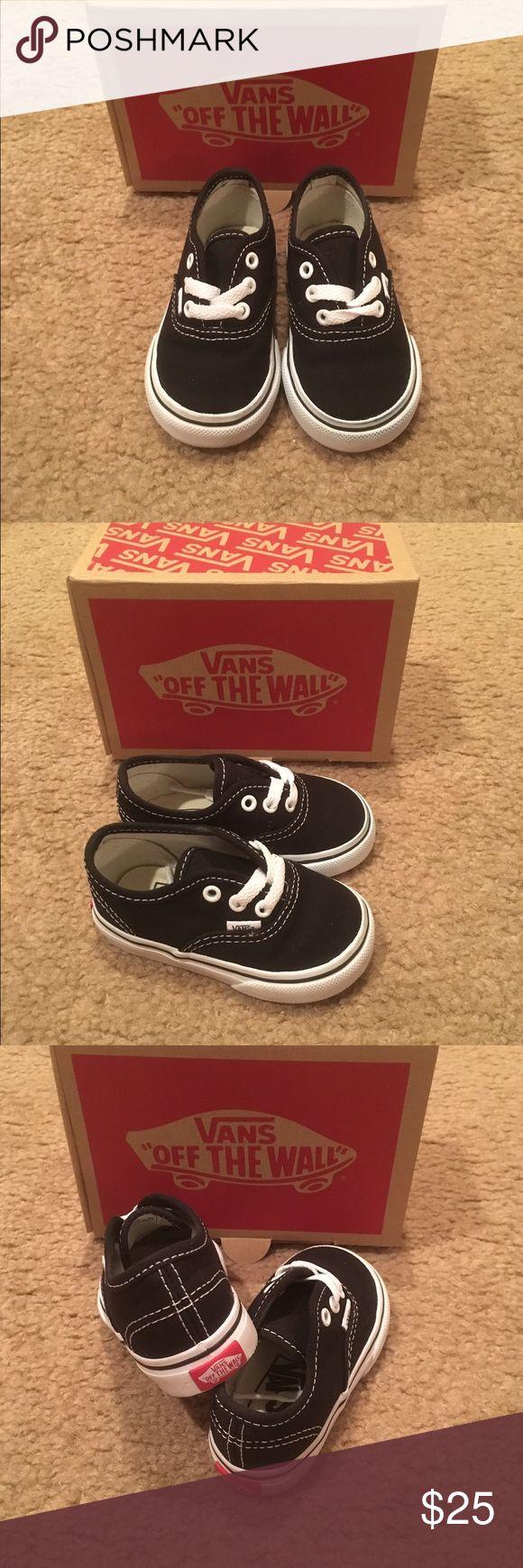 Kids' Authentic Core (Toddler) Vans Toddler. Black. Unisex. New in box. Vans Shoes Sneakers