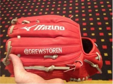 Washington Nationals Pitcher Drew Storen has Twitter handle sewn onto glove (@drewstoren)