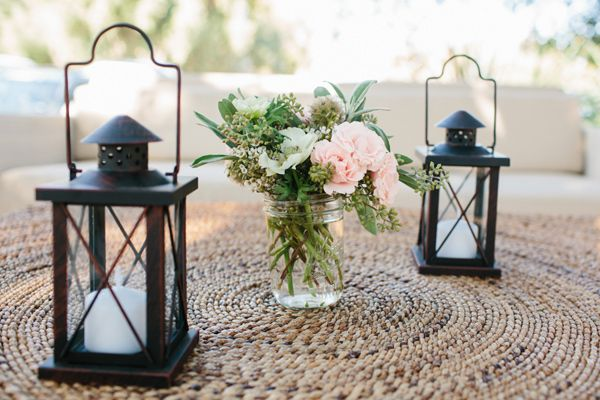 outdoor weddings candle floral accents 2 succulent