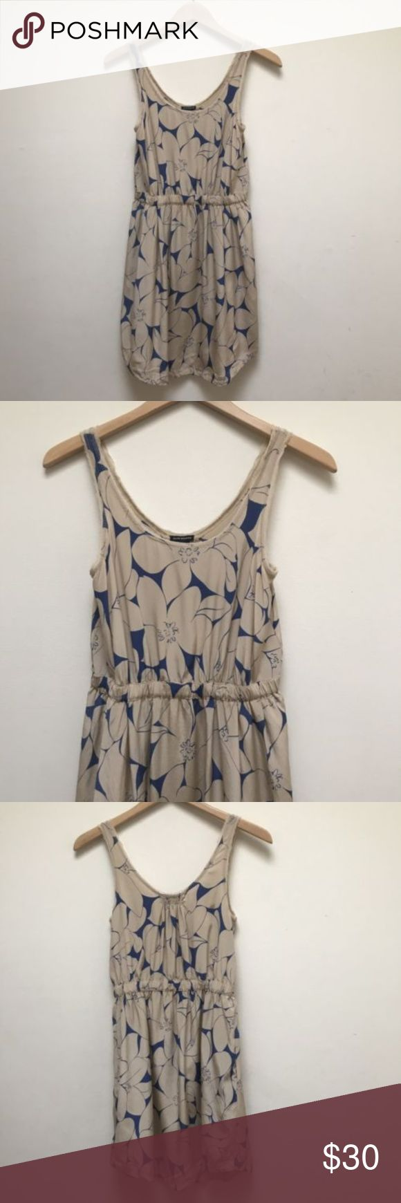 Club Monaco Dress Cream Blue Floral Silk Club Monaco Dress Cream Blue Floral Silk Sleeveless 2-Pc Lined No stains or rips.  Good condition Measurements approximate:  (Garment is lying flat and unstretched) Armpit to Armpit: 15',   Waist: 13',  Length from top: 34.5' Club Monaco Dresses
