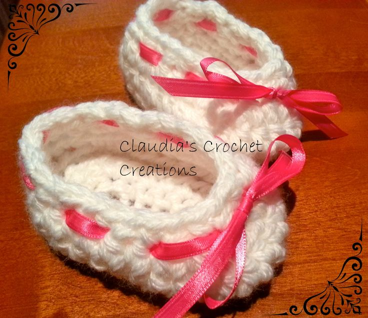 Slippers for your little one. Can be adjusted with the ribbons. https://www.facebook.com/ClaudiasCrochetCreations