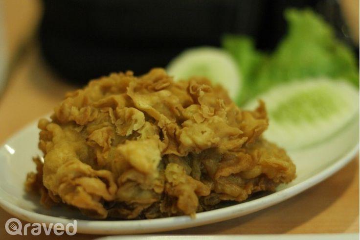 Ayam Goreng Telur Asin at Ayam Tulang Lunak Hayam Wuruk - Senopati