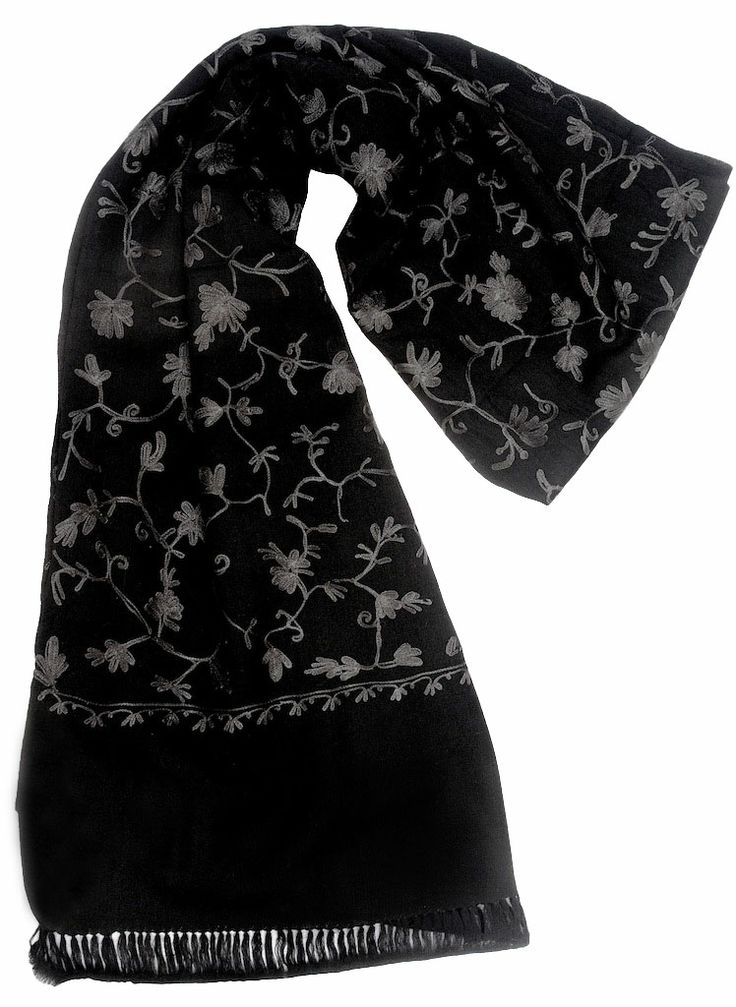 ARI JALI SHAWL Beautiful hues of black and grey, this Ari Jali shawl is 100% pure pashmina and goes extremely well with evening attires.