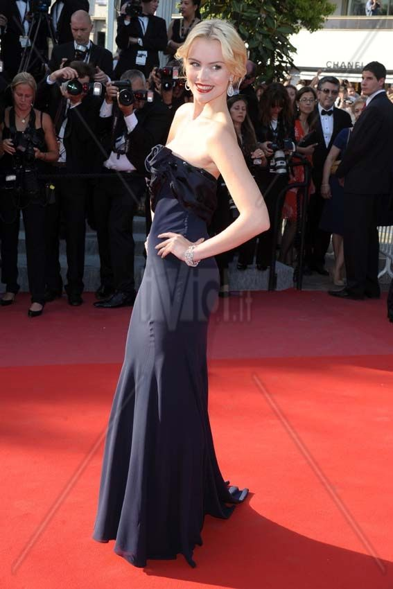 Helena Mattsson - Cannes 2010  http://www.ivid.it/fotogallery/ismod_index.php?i_section=detail_categoria=3_id=492176#