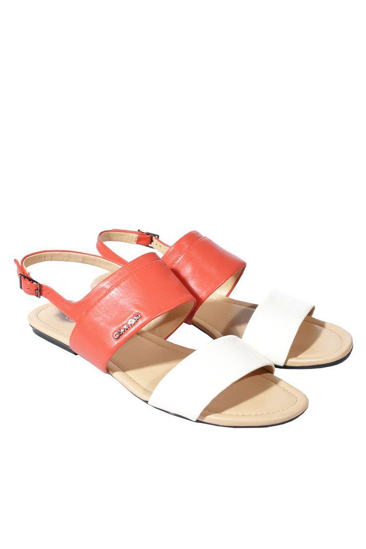 #CalvinKlein #Sandaletten #shoes #flats #elegant #classy #designer #fashionblogger äclothes #vintage #mode #accessories #secondhand #onlineshopping #mymint