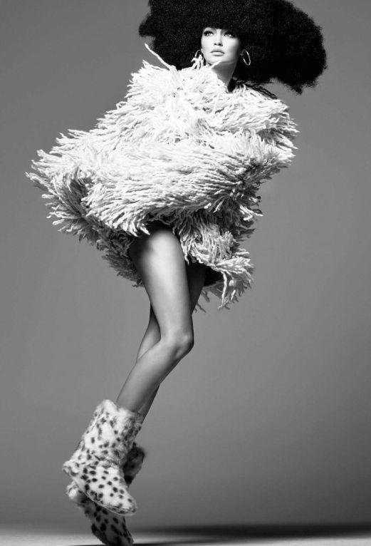 Vogue Italia November 2015   Gigi Hadid   Steven Meisel