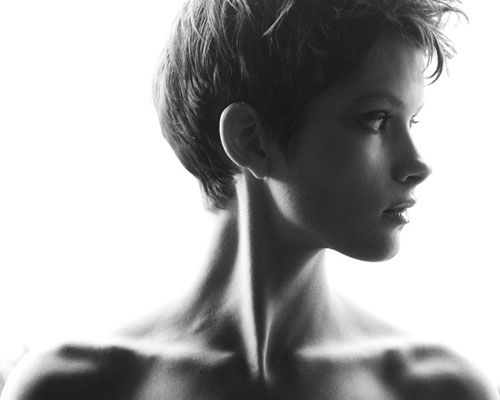25 Best Short Haircuts for Oval Faces | http://www.short-haircut.com/25-best-short-haircuts-for-oval-faces.html
