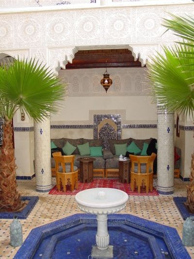 Moorish design tips of easy ways to bring moroccan for Moorish homes