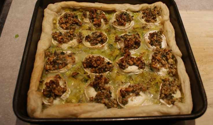 Hartige taart met geitenkaas, prei en walnoten