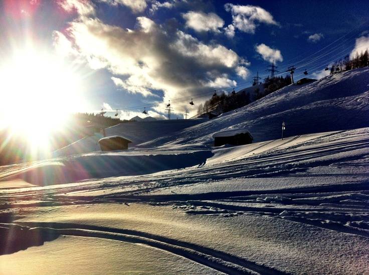 The sun setting over the snowfields at St Anton in Austria