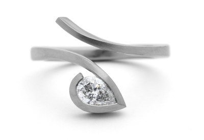 What a stunning and modern setting for a marquise diamond / Mc Caul Goldsmiths- www.stonechatjewellers.ie