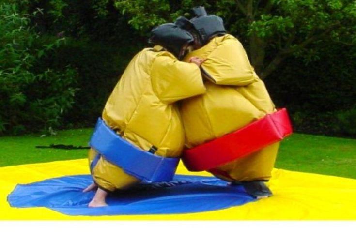 Costumes de sumo + Barbe à papaLe pack pour 120€/jourPour tout vos événements mariage,baptême,communion,anniversaire , enterrement de vie de jeune fille, enterrement de vie de jeune garçon, férrade,tournois de sports, kermesse , divers loisirs Le pack comprends:- Un jeu de sumos pour adulte comprenant 2 sumos 2 casques 2 paires de gants et 1 tapi non rembourréidéal pour enterrement de vie de garçon et de jeune fille EVG EVJF anniversaire soirée entre amis barbecue mariage baptêmes…