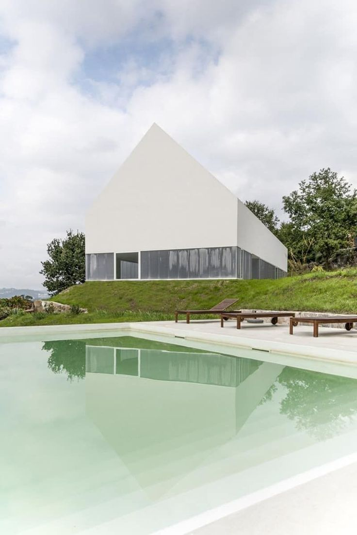 White Wolf Hotel: A Modern Hotel Integrated in the Natural EnvironmentDesignRulz7 July 2015In contrast with the urban commotion and day-to-day stress, we feel the evermore frequent and acute need to reconnect with nature... Architecture Check more at http://rusticnordic.com/white-wolf-hotel-a-modern-hotel-integrated-in-the-natural-environment/