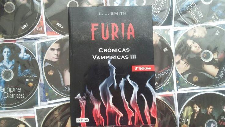 """""""Cronicas Vampiricas 3: Furia"""" escrito por L.J. Smith.:"""