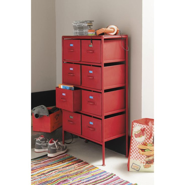 cabinet de rangement indus en mtal rouge l cm cranberry maisons du monde with maisons du monde. Black Bedroom Furniture Sets. Home Design Ideas