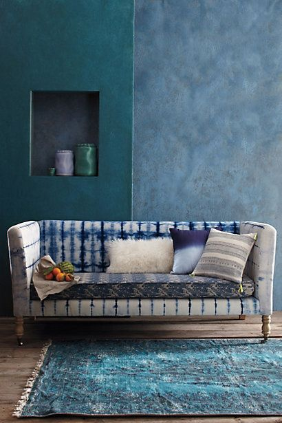 Shibori-Dyed Sofa - Ahhhhh. So pretty.Decor, Wall Colors, Couch, Blue, Shibori Sofas, Ties Dyes, Beach House Interiors, Hands Di Shibori, Dark Wall