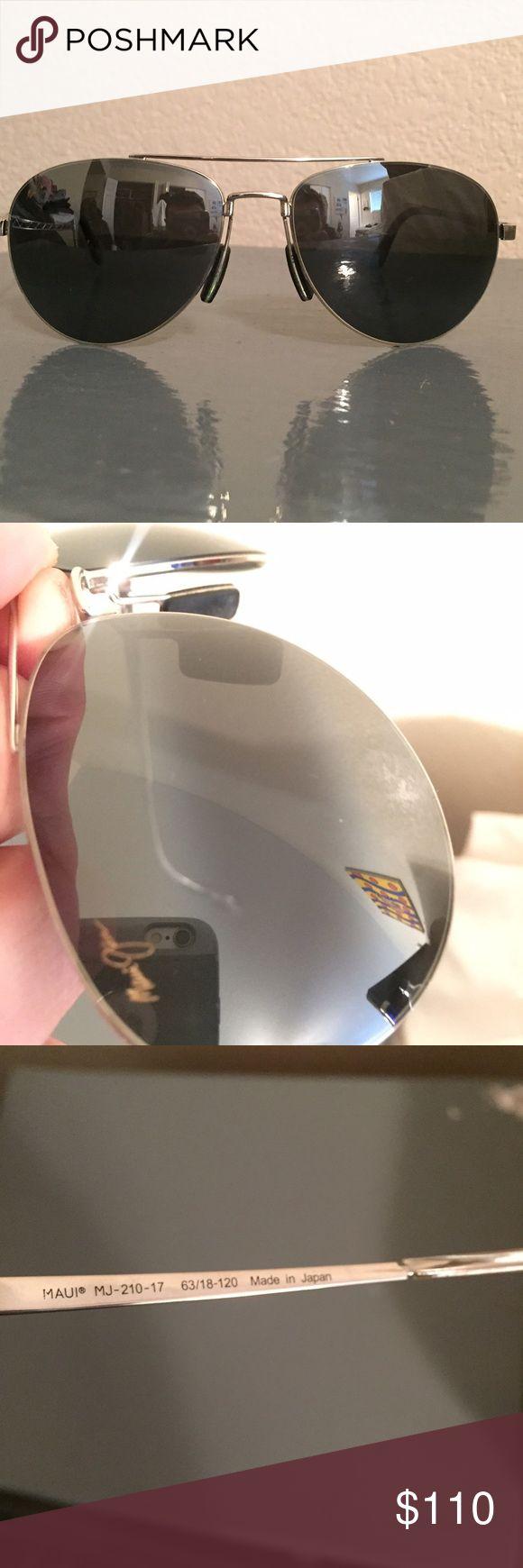 Maui Jim Pilot aviators Authentic and in like new condition Maui Jim Accessories Sunglasses