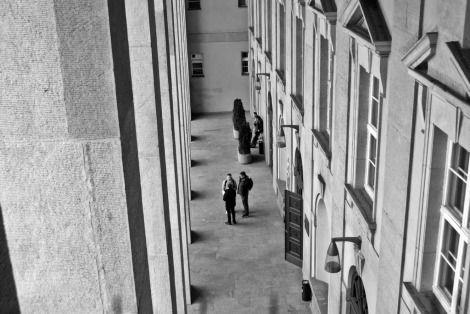 W 2006 r. Akademia Ekonomiczna w Poznaniu, zgodnie z wytycznymi procesu bolońskiego i założeniami Europejskiego Obszaru Szkolnictwa Wyższego, wprowadza trójstopniowy system nauczania. Równolegle rozwija i umacnia swój potencjał naukowy, uzyskując sześć uprawnień do nadawania stopnia naukowego doktora.