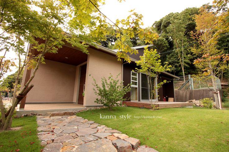 愛知 O邸新築物件。和モダンの外装と天然木と白洲壁を使った柔らかい内装が心地よい空間。 | kanna