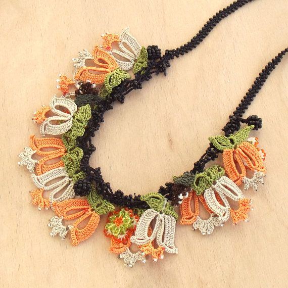 Turkish OYA Lace - Necklace - Tulip - Orange