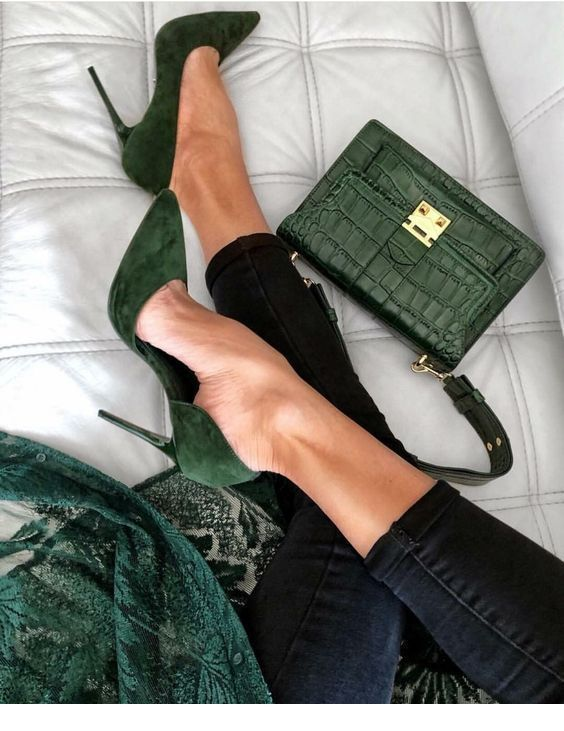 Cool green shoes and bag   – I Love shoes