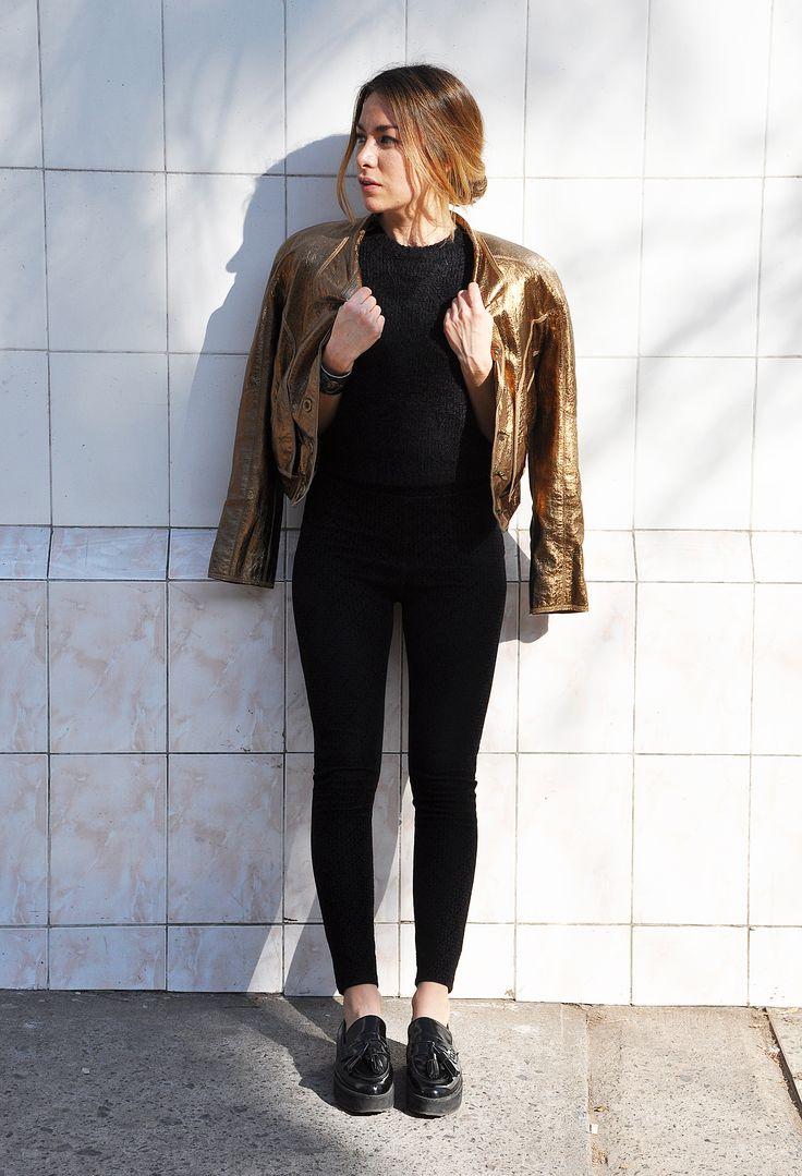 #lapetiteduchesse #glam #style #fashion #leather #golden #jacket #blackonblack #80s
