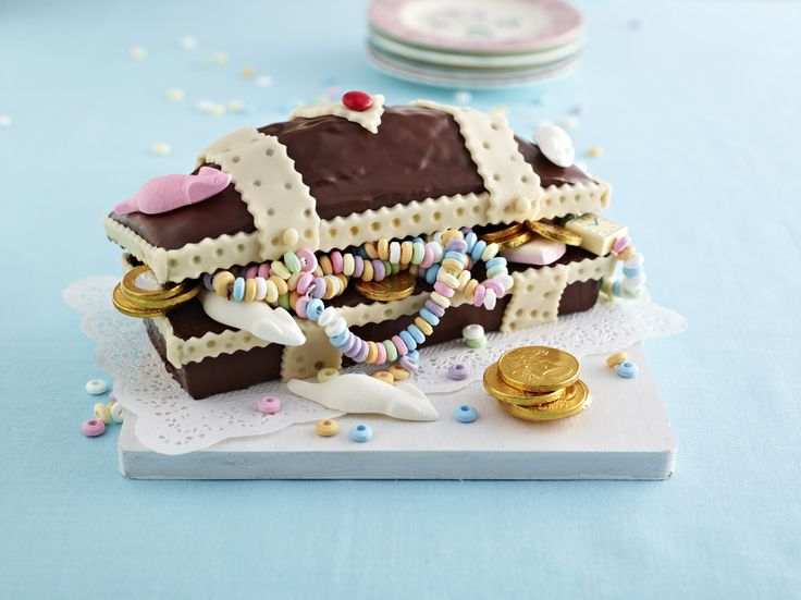 Piraten-Schatztruhen, Muffins-Schlange, Mini-Amerikaner: Tolle Backrezepte für den Kindergeburtstag oder die Faschingsparty.