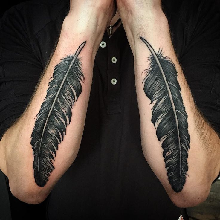 Feathers ala Dave Grohl #feathers #feathertattoo #davegrohl #foofighters…