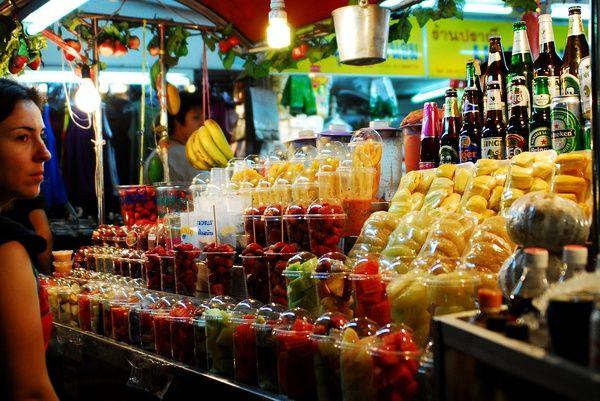 Fruitcocktails in ThailandThermage Thailand, Thai Food, Inspiration, Street Food, Luxury Villa, Thai Street, Thailand Modern, Cpt Thailand, Thailand Koh
