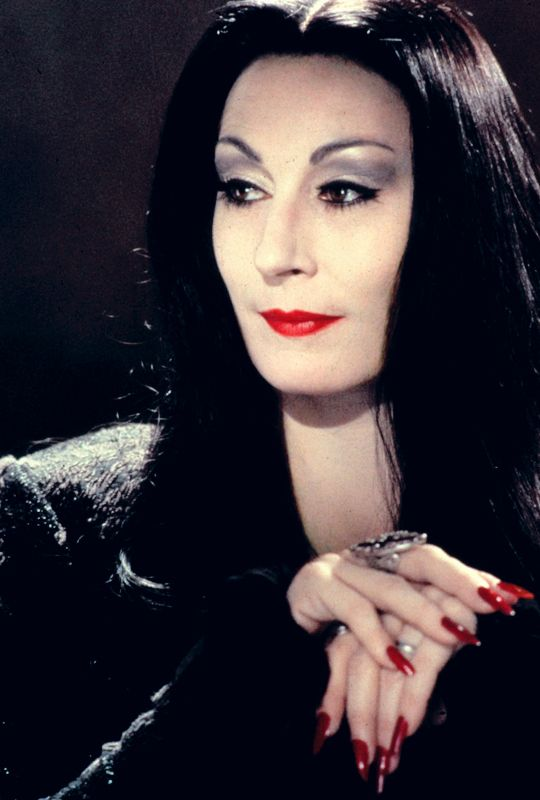 """vintagegal:  """"I would die for her. I would kill for her. Either way, what bliss.""""The Addams Family (1991) dir.Barry Sonnenfeld"""