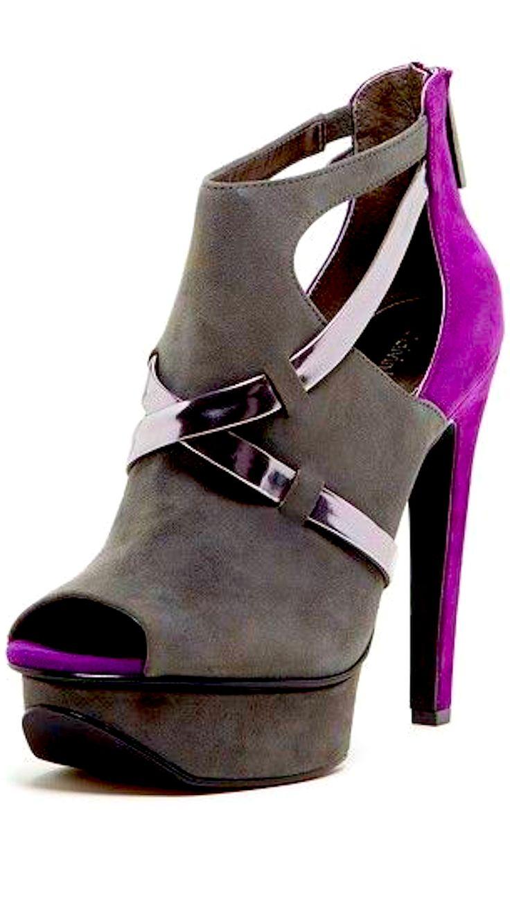 HHHOOOOTTTT!!!!Spotted a great deal from Calvin Klein http://www.offers.com/calvin-klein/?s=MSR&d=pinterest
