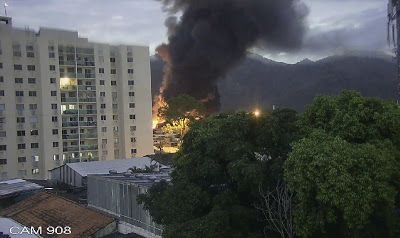 TV SAQUA TV: Incêndio na rede Globo no Projaz em Curicica