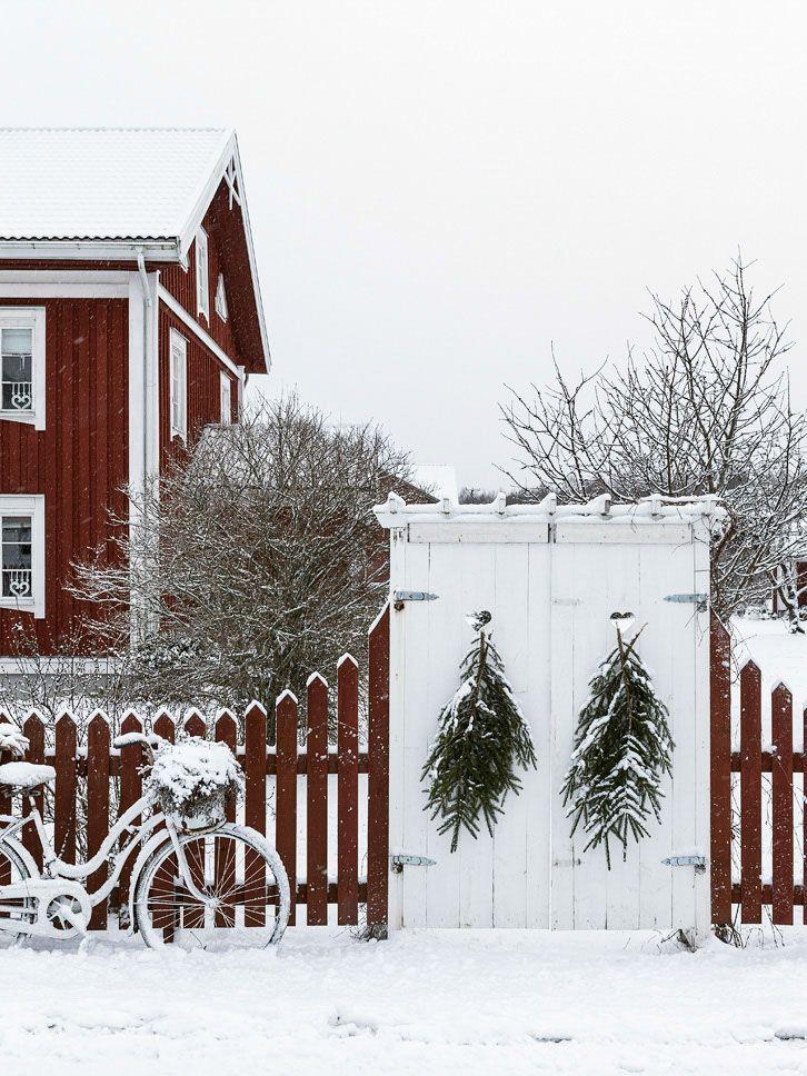 [ Stilla jul på Värmlandsgården ] Ett julreportage i tidningen Drömhems julnummer. Av Anna Truelsen, foto Carina Olander.