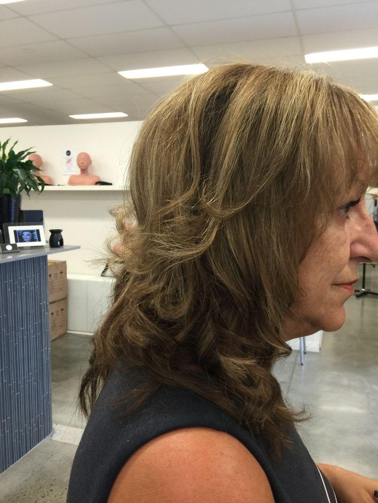 18.3.16 increased layered hair cut