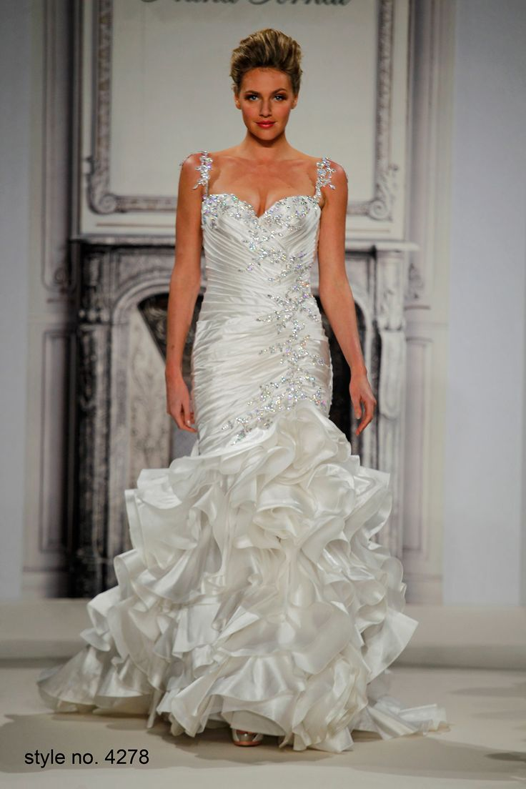 Pnina Tornai Sweetheart Mermaid Gown In Silk Taffeta This Features A Neckline With Dropped Waist And Beaded