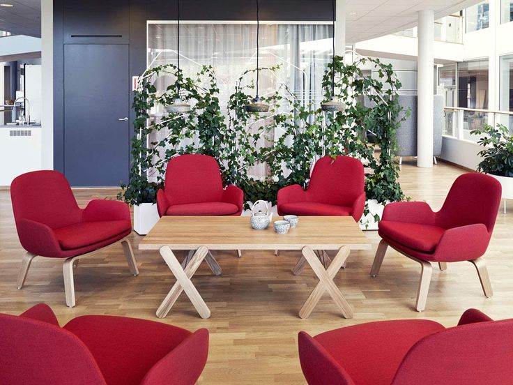 Scout lounge table at Fujitsu Siemens HQ Kista, Sweden