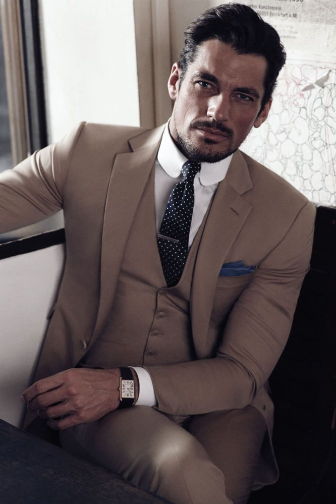 David Gandy Too freaking gorgeous!                                                                                                                                                                                 Más