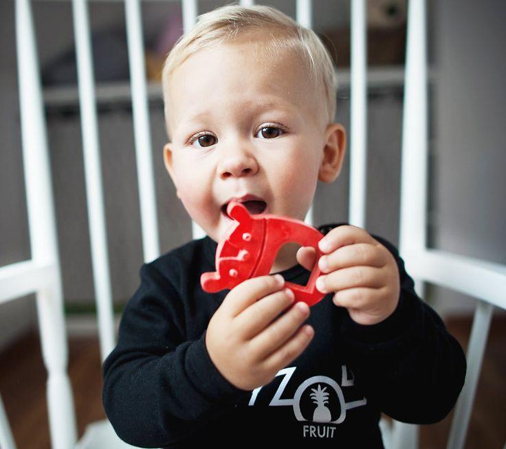 Gryzak MR B z naturalnego kauczuku | Natural rubber teether hevea MRB  #lullalove #teether #wood #eco-friendly #hevea #naturalrubber #mrb #supertoy #babyshower #gift