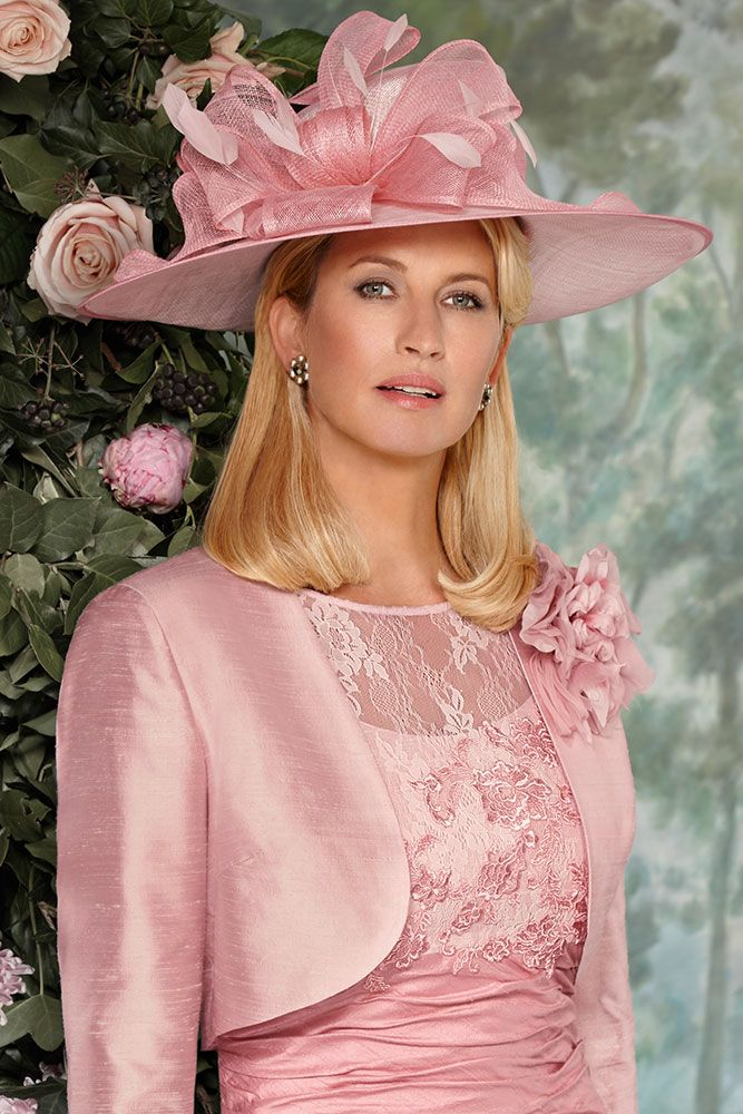 90402 Condici A Large Traditional Wedding Hat In Rosebud C The