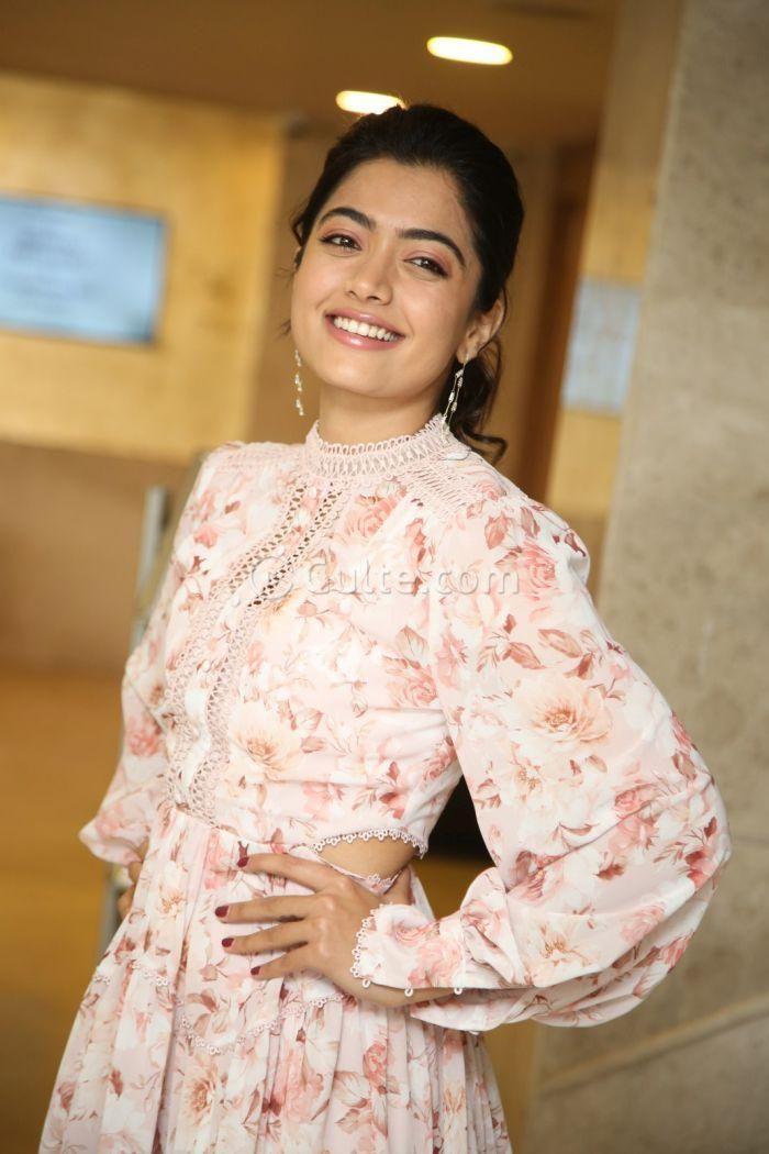 Rashmika Mandanna Looks Too Cute At Bheeshma Success Meet In 2020 Most Beautiful Indian Actress Beautiful Photoshoot Actresses