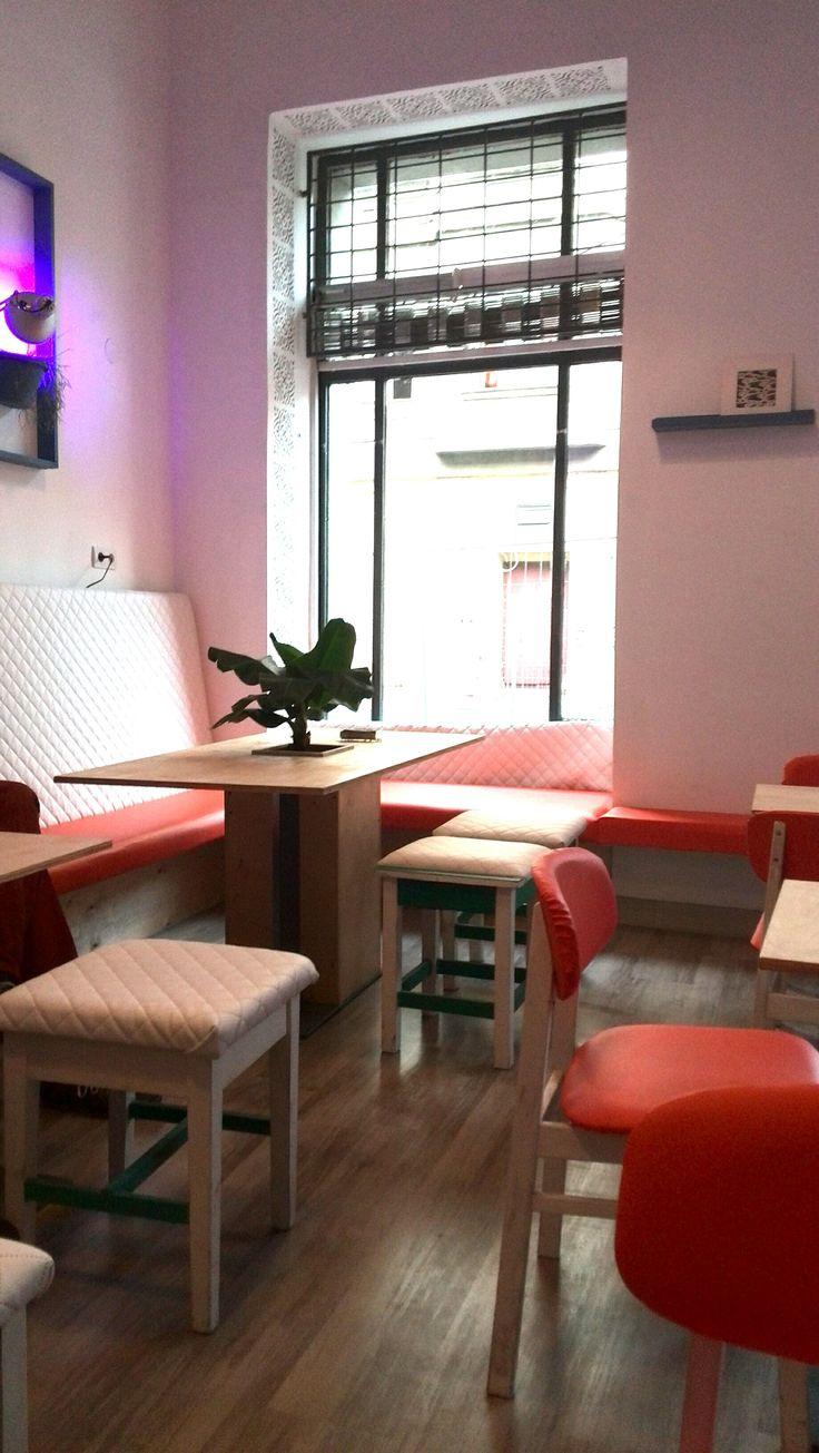 Murok Café - breakfast café and bar - Budapest