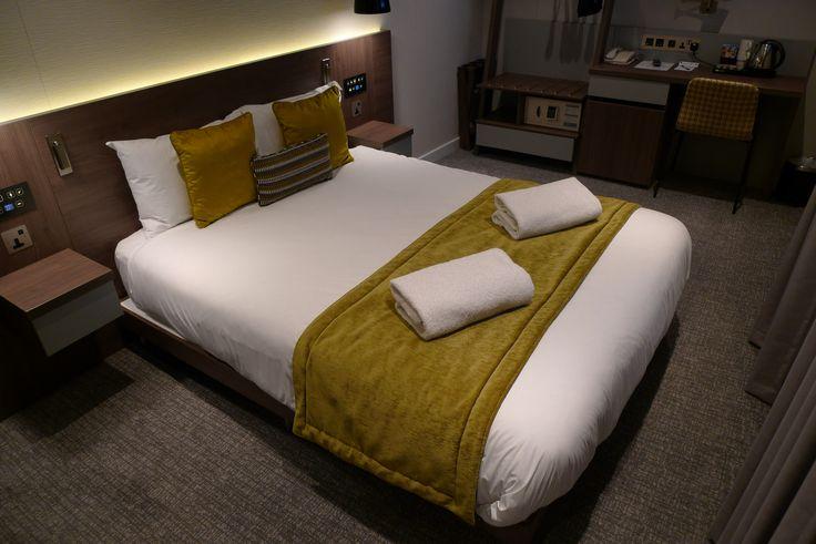 Delmere Hotel London Guestroom - Bespoke Axminster carpet design http://www.gaskell.co.uk/images_archive.html